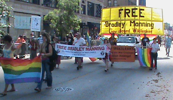 Free Bradley Manning contingent in the Chicago Gay Pride Parade 2011.