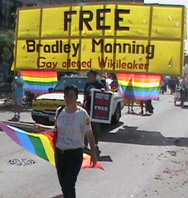 FREE Bradley Manning Gay alleged Wikilieaker - banner in Chicago Pride Parade 2011.